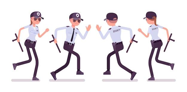 Agent de sécurité masculin et féminin en cours d'exécution