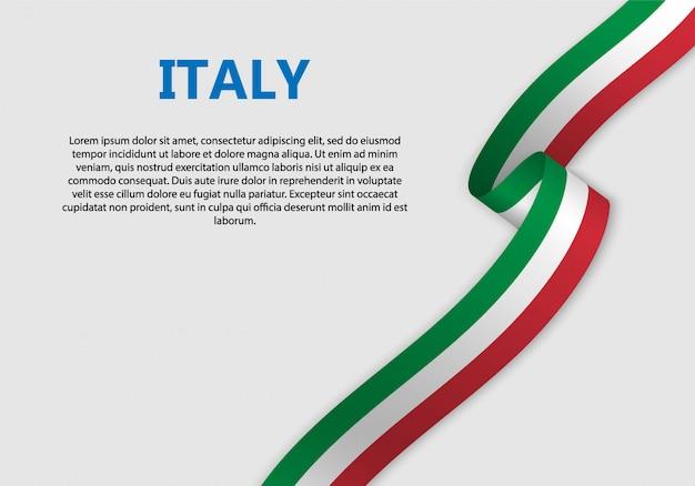 Agitant la bannière du drapeau italien