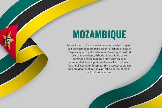 Agitant un ruban ou une bannière avec le drapeau du mozambique