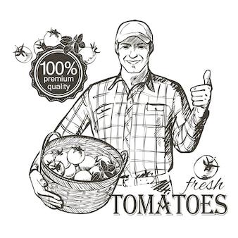 Agriculteur en casquette portant un panier rempli de légumes frais, tomates et herbes