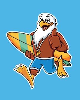 Aigle de dessin animé mignon portant une planche de surf avec une pose de pouce en l'air.