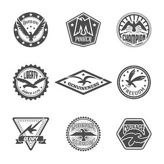 Aigle liberté liberté puissance symbole qualité premium badges sertie avec ailes affichées illustration vectorielle isolé noir