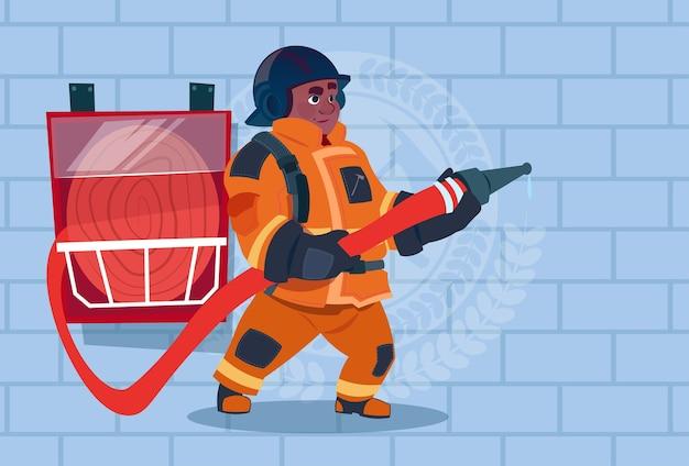 Alarme de pompier afro-américain