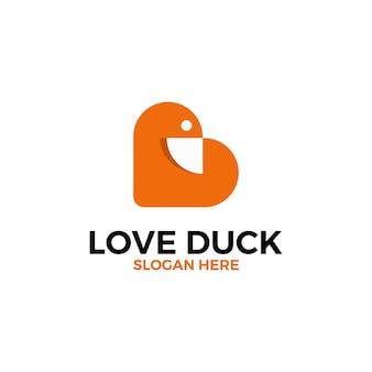 Amour avec le canard dans le modèle de conception de logo d'espace négatif