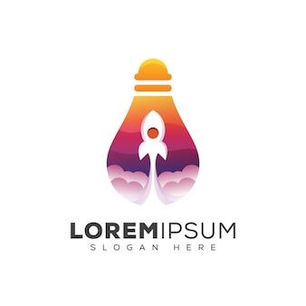 Ampoule de couleur moderne avec logo de fusée, création de logo de lancement lumineux d'entreprise