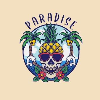 Ananas crâne d'été portant des lunettes sur l'île d'été de plage
