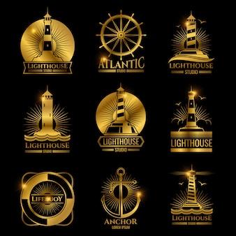 Ancien phare nautique, bateau de mer et ancres