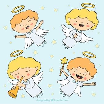 Anges de noël heureux dessinés à la main