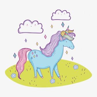 Animal licorne mignon avec le caractère de nuages
