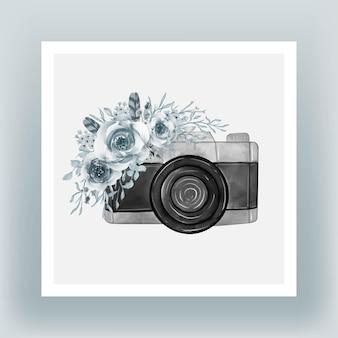 Appareil photo avec illustration de cadet bleu fleurs aquarelle