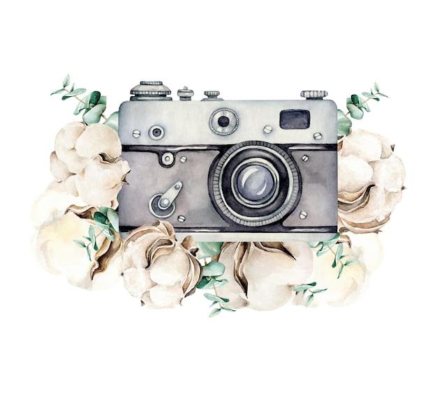 Appareil photo rétro avec composition de fleurs de coton