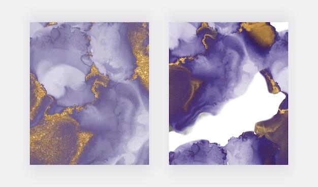 Aquarelle d'encre violet avec de l'alcool d'or