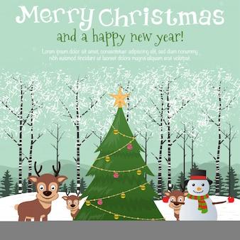 Arbre de Noël avec Rennes sauvage et bonhomme de neige dans la forêt