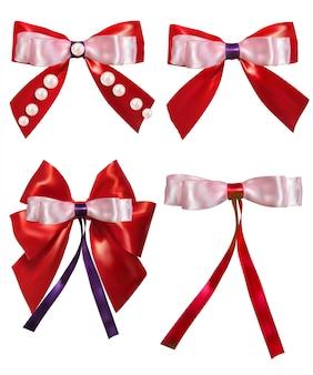 Arc rouge et perles sur blanc.