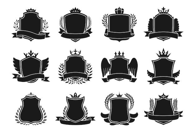 Armoiries jeu d'icônes emblème héraldique. blason différent bouclier de couronne, ruban, aile et couronne de laurier pour armoiries. boucliers de chevalier royal décoratifs vintage ou vecteur de luxe d'emblèmes