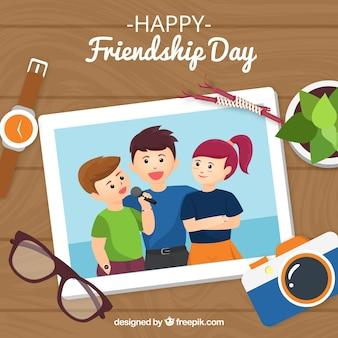 Arrière-plan de jour de l'amitié avec photo d'amis