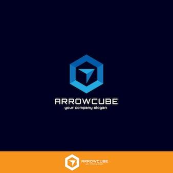 Arrow et box ou cube concept de logo pour l'application générale, le web, les entreprises, la logistique ou les services.