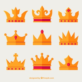 Assortiment de couronnes d'or avec des pierres précieuses rouges