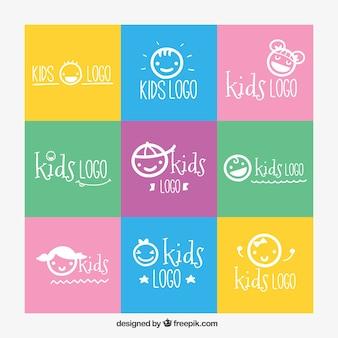 Assortiment de neuf enfants logos