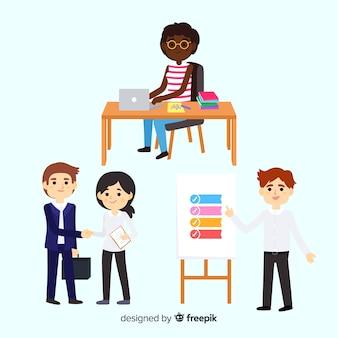 Assortiment de personnes au bureau