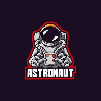 Astronaute dans la combinaison spatiale de cosmos de planète d'espace d'océan