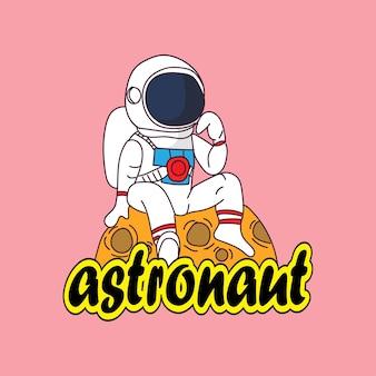 Astronaute de personnage de dessin animé de mascotte mignon sur la lune