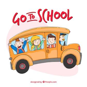 Autobus scolaire dessiné avec des enfants