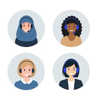 Avatars du centre d'appels ou du service clientèle personnages féminins de différentes nationalités avec des écouteurs