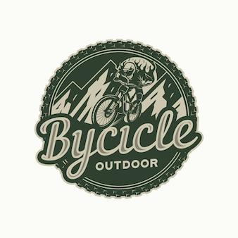 Badge de cercle de logo de vélo de montagne