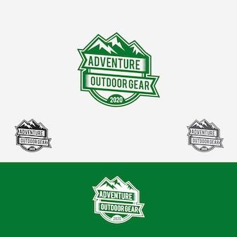 Badge de logo d'aventure
