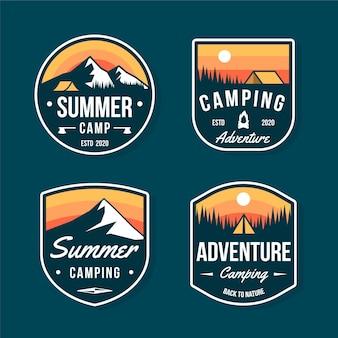 Badges de camping et d'aventures vintage
