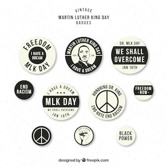 Badges noir et blanc prêt pour le jour martin luther king
