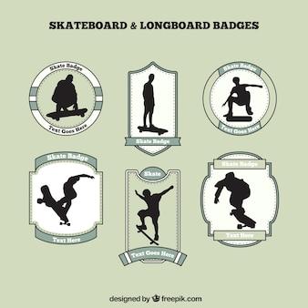 Badges de skate avec des silhouettes de patineur