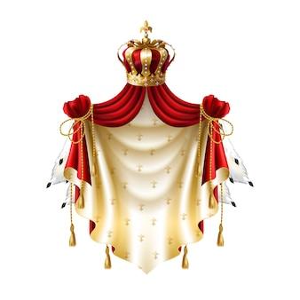 Baldaquin royal avec fourrure d'or, couronne, bijoux et frange isolé sur fond blanc.