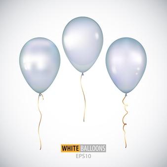 Ballons à l'hélium blanc 3d réalistes isolés