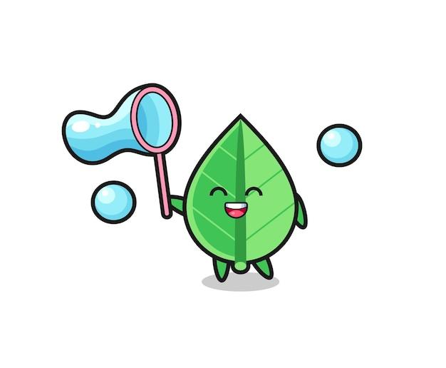 Bande dessinée heureuse de feuille jouant la bulle de savon