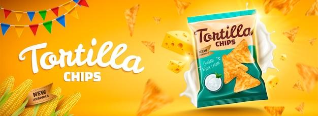 Bannière de délicieuses chips tortilla avec fromage volant et biscuits