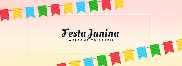 Bannière festa junina avec décoration de drapeaux