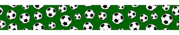 Bannière horizontale transparente de ballons de football sur fond vert.