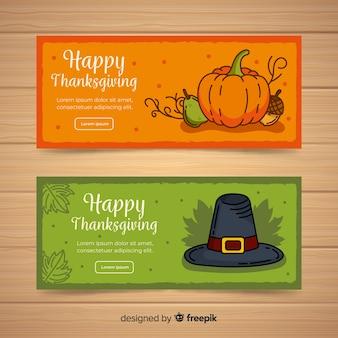 Bannière de joyeux thanksgiving sertie de pumplkin et chapeau
