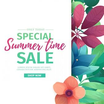 Bannière de modèle avec logo de vente d'été spécial. carte pour l'offre de saison estivale avec cadre blanc sur fond de fleurs. remise promotionnelle avec décoration de plantes, feuilles et fleurs. .