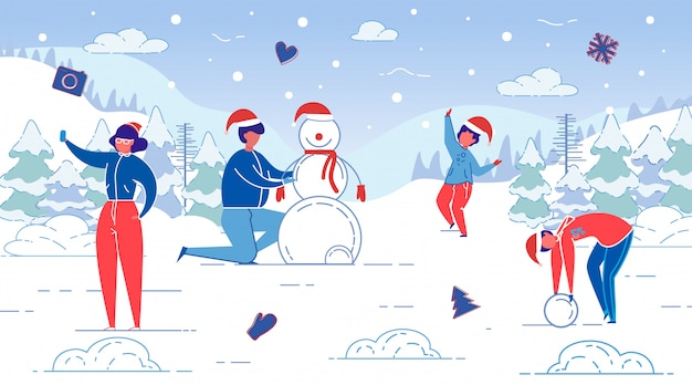 Bannière plate plaisirs d'hiver, modélisation de bonhomme de neige, toboggan. mari et femme sculptent un bonhomme de neige avec leurs enfants forest glade. maman prend un selfie. les enfants heureux et aident à faire bonhomme de neige.