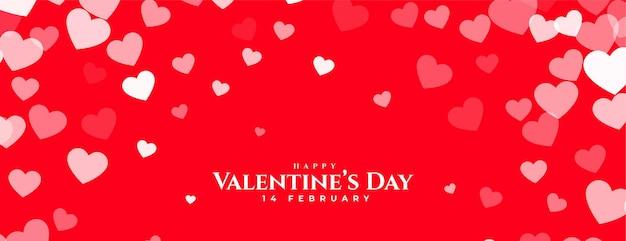 Bannière rouge joyeux saint valentin avec conception de coeurs blancs
