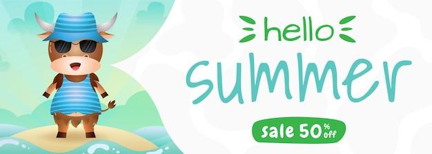 Bannière de vente d'été avec un buffle mignon utilisant un costume d'été