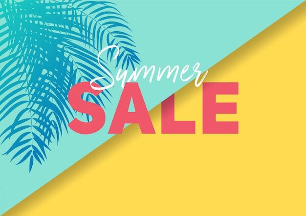 Bannière de vente d'été avec du papier coupé des feuilles tropicales