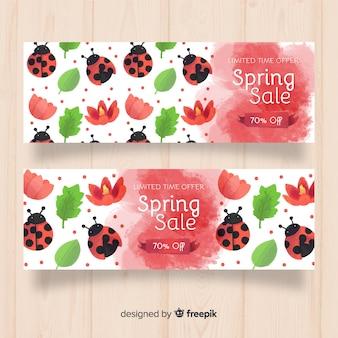 Bannière de vente de printemps coccinelle