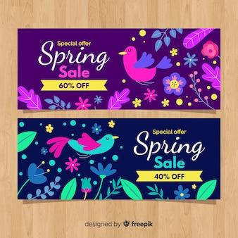 Bannière de vente printemps éléments colorés