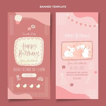 Bannières d'anniversaire dessinées à la main à l'aquarelle verticales