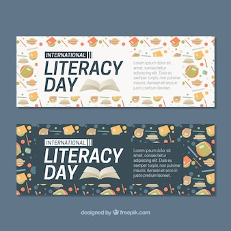 Bannières du jour de l'alphabétisation avec des livres et d'autres éléments
