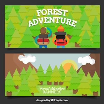 Bannières environ deux jeunes aventuriers dans la forêt